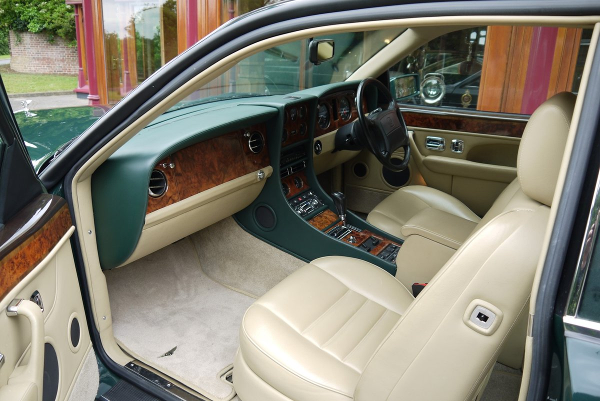 Bentley Continental R. August 1993 For Sale (picture 4 of 4)