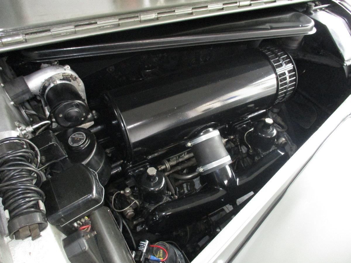 1950 Bentley Mk VI 4.25 Standard Steel saloon (B111HP). For Sale (picture 2 of 6)