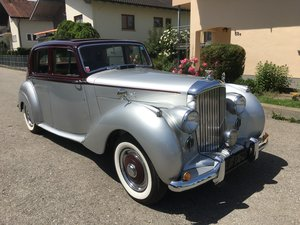 1951 Beautiful Bentley Mk VI with older restauration
