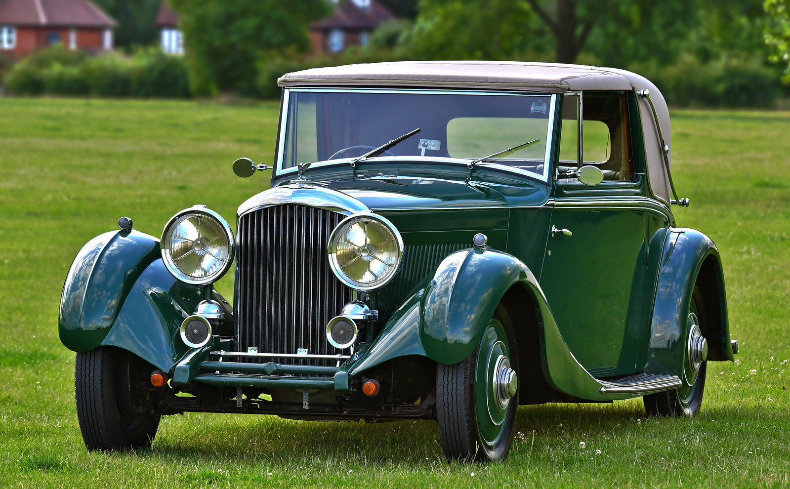 1935 Derby Bentley 3 1/2 Litre Sedanca Coupe by H.J. Mulline For Sale (picture 1 of 6)