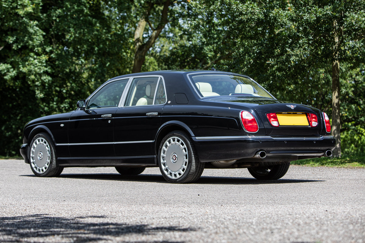 2010 Bentley Arnage R SOLD by Auction (picture 1 of 6)
