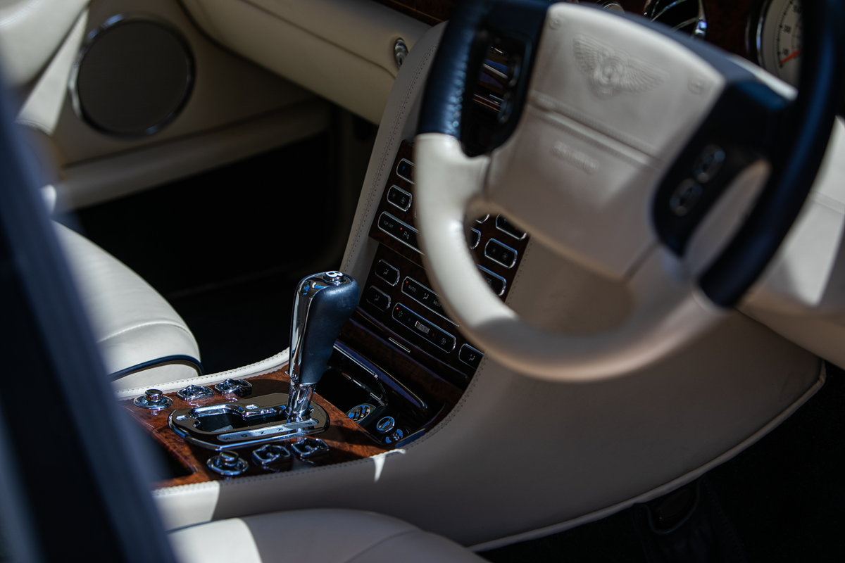 2010 Bentley Arnage R SOLD by Auction (picture 4 of 6)
