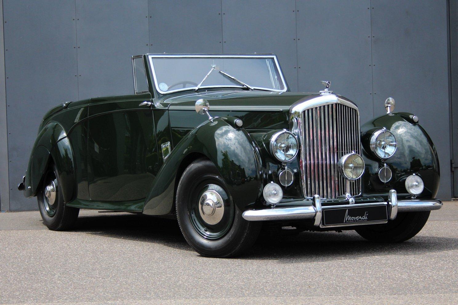 1947 Bentley Mark VI 4 1/4 Litre Drophead Coupé RHD For Sale