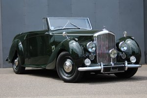 1947 Bentley Mark VI 4 1/4 Litre Drophead Coupé RHD For Sale