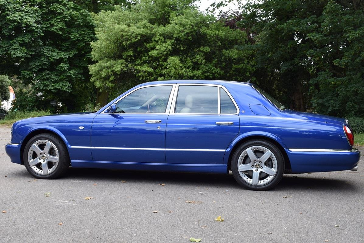 2003/03 Bentley Arnage R in Moroccan Blue For Sale (picture 4 of 6)