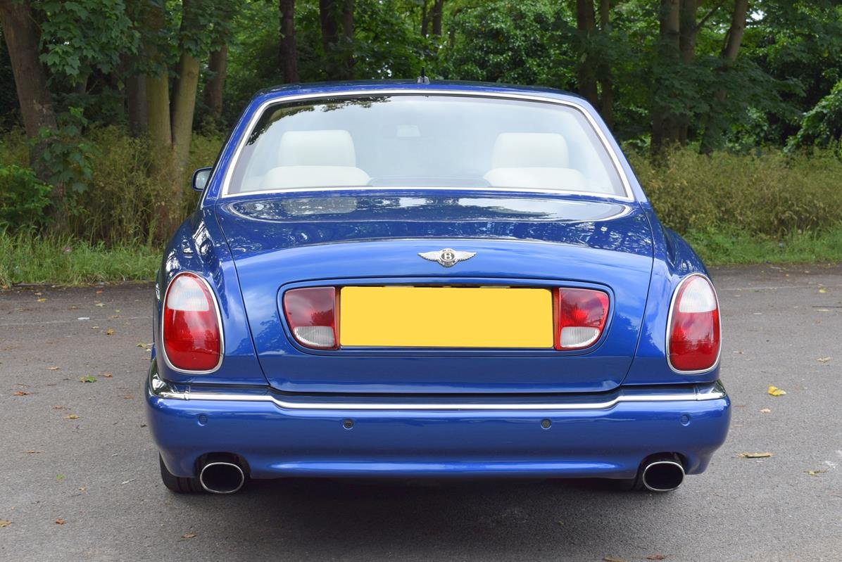 2003/03 Bentley Arnage R in Moroccan Blue For Sale (picture 5 of 6)