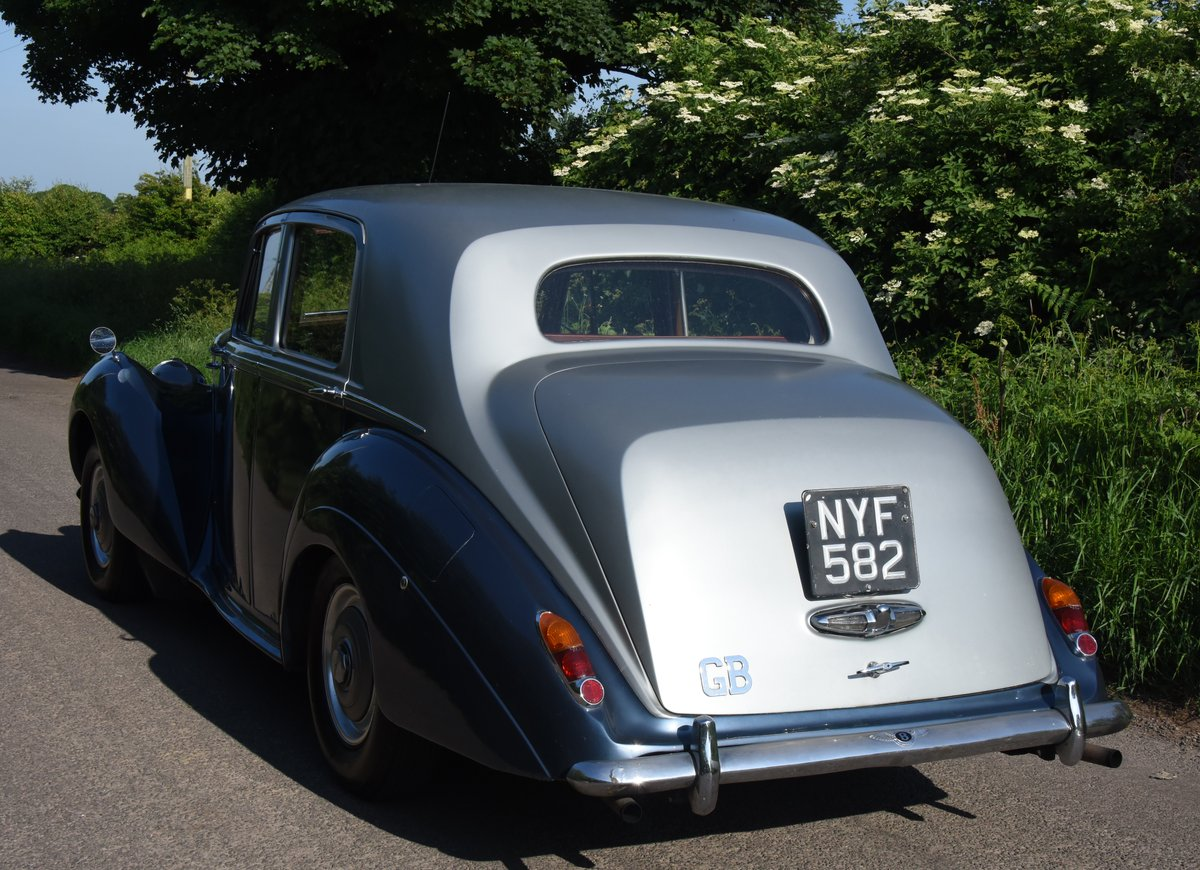 1953 BENTLEY R TYPE MANUAL For Sale (picture 2 of 2)