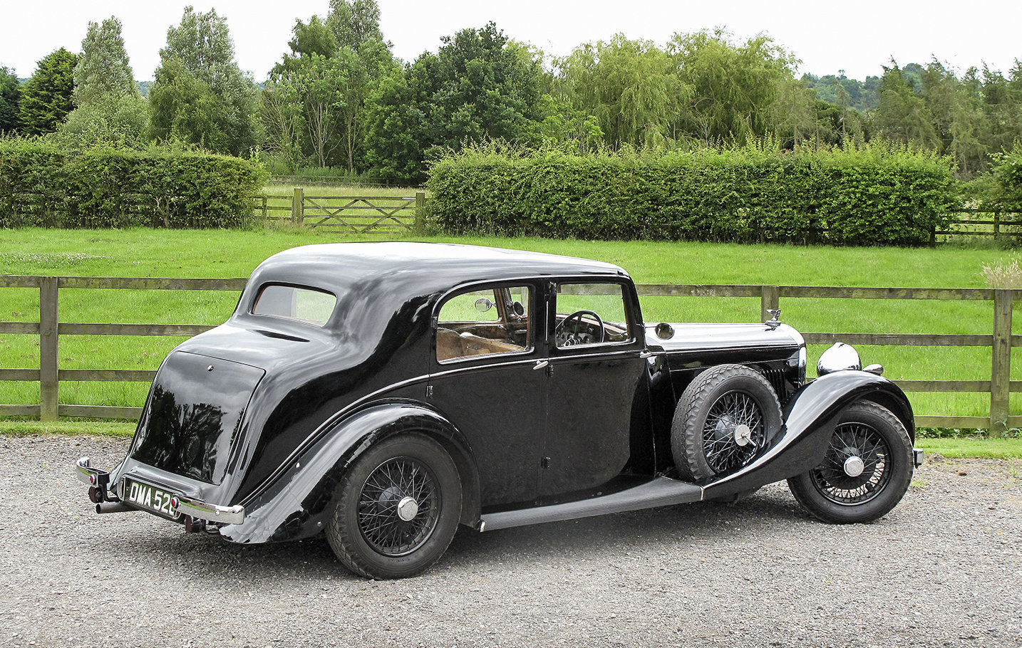 1936 Bentley 4¼ Litre Saloon by Park Ward For Sale (picture 3 of 6)