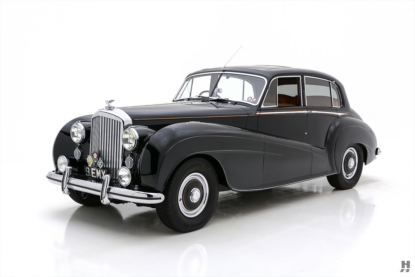 1951 BENTLEY MARK VI MULLINER LIGHTWEIGHT SPORTS SALOON For Sale (picture 1 of 6)