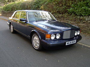 BENTLEY BROOKLANDS  ( 1995 )
