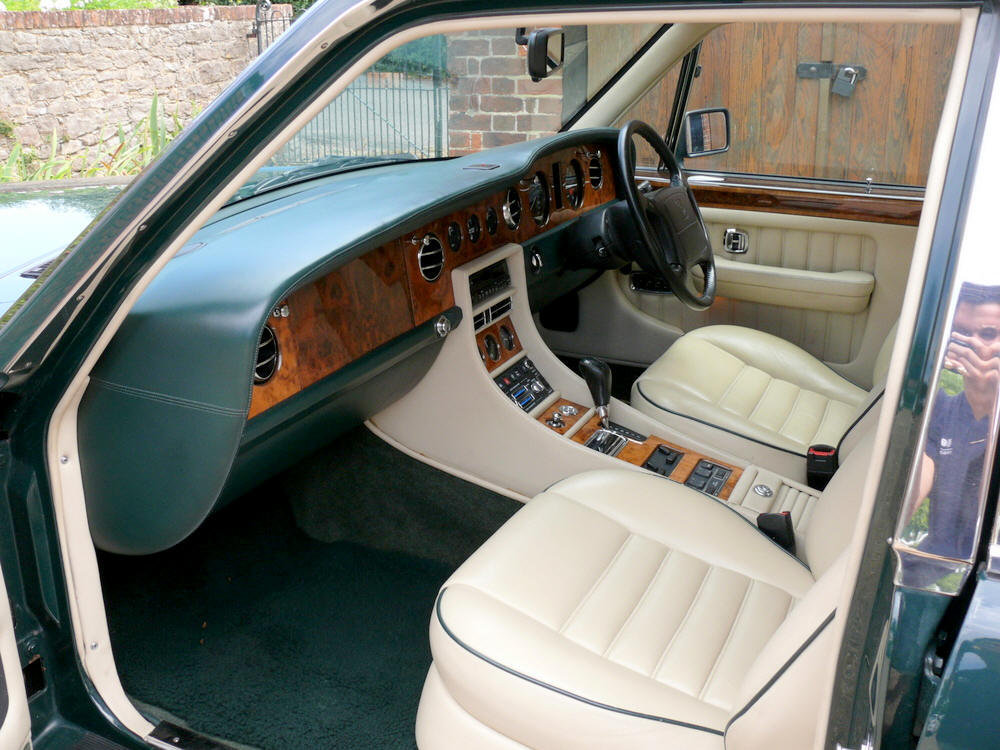 1993 (1994 MY) Bentley Turbo R   For Sale (picture 4 of 6)