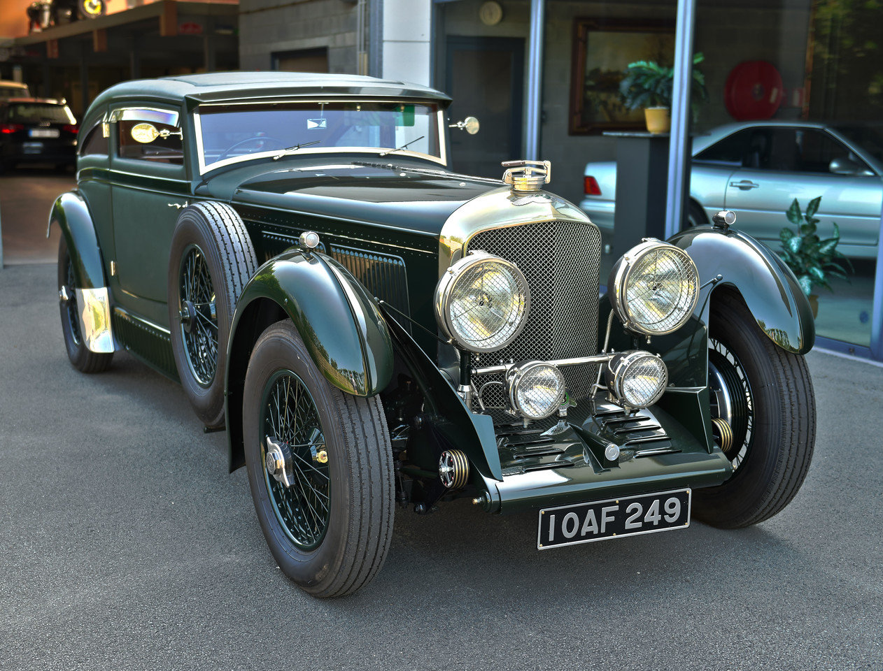 1950 Bentley Blue Train by Racing Green SOLD (picture 1 of 6)