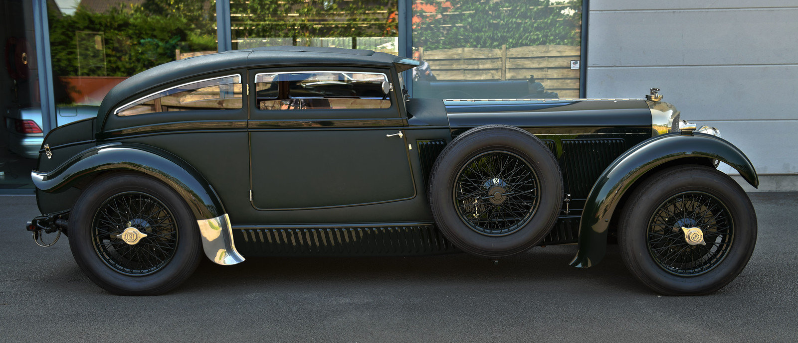 1950 Bentley Blue Train by Racing Green SOLD (picture 2 of 6)