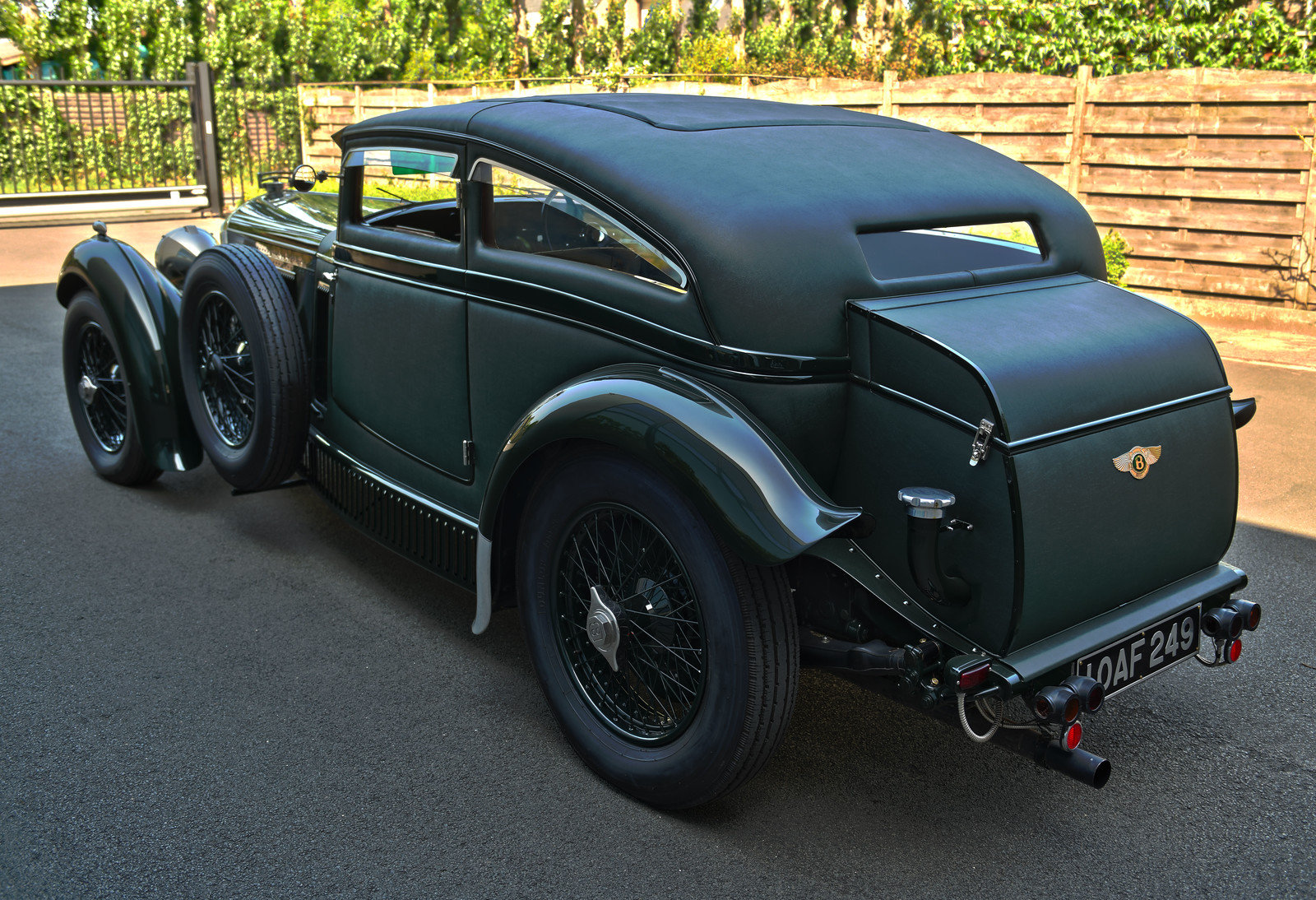 1950 Bentley Blue Train by Racing Green For Sale (picture 3 of 6)
