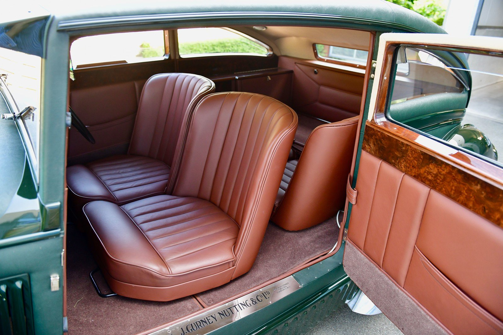 1950 Bentley Blue Train by Racing Green SOLD (picture 4 of 6)