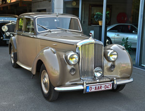 1949 Bentley Mark 6 Standard Steel Saloon For Sale