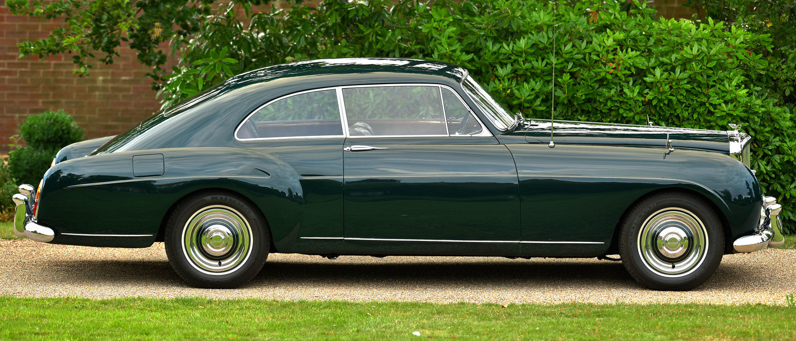 1957 Bentley S1 Continental Fastback by H.J.Mulliner For Sale (picture 2 of 6)