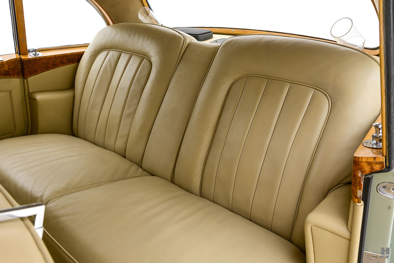1961 Bentley S2 Continental Flying Spur Saloon For Sale (picture 6 of 6)