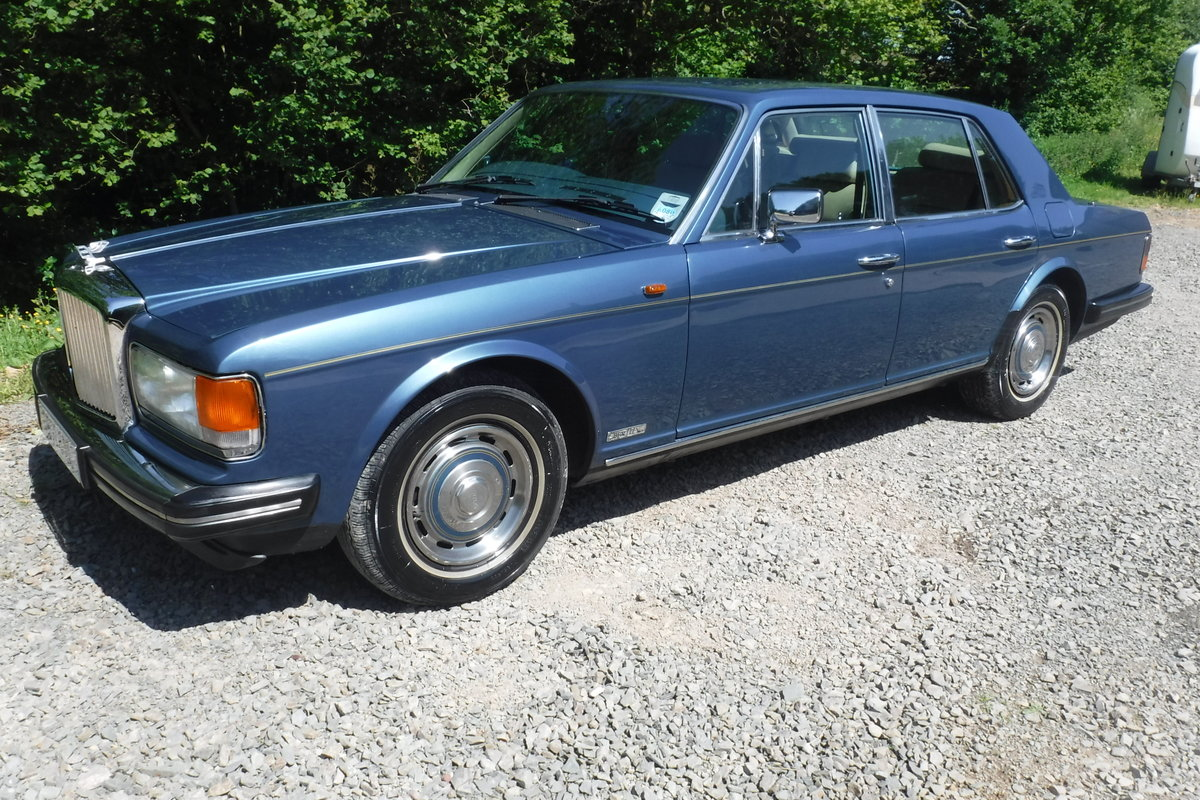 1986 BENTLEY MULSANNE ONLY 72000 MILES 27 SERVICE STAMPS SEE VID SOLD (picture 2 of 6)