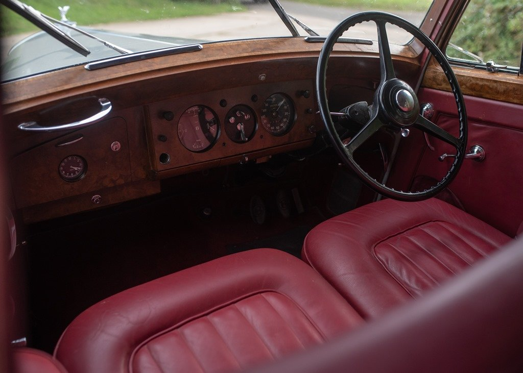 1953 Bentley R-Type Saloon (Standard Steel ) SOLD by Auction (picture 6 of 6)