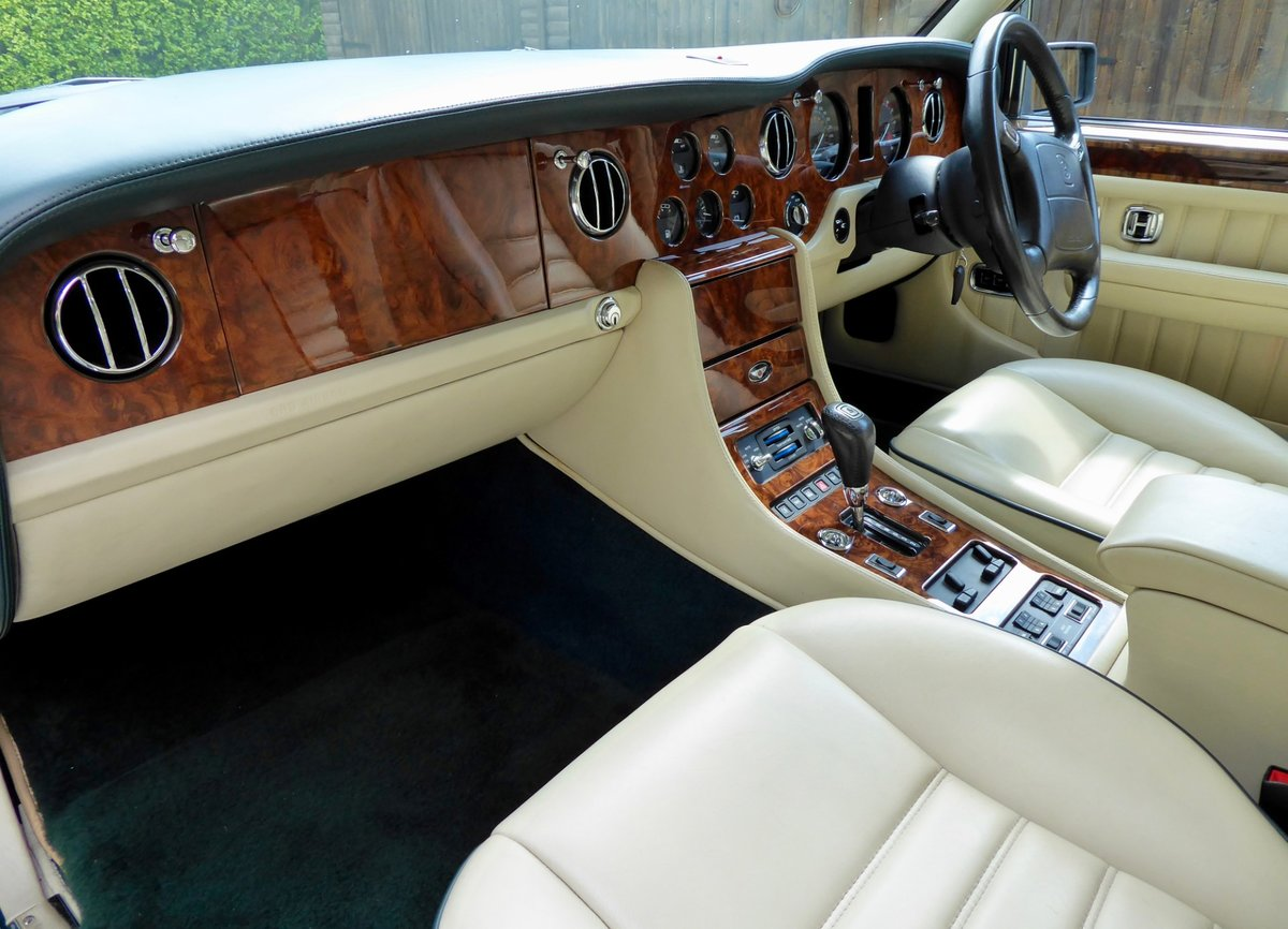 1997 Bentley Turbo RT   ( 28,700 miles ) For Sale (picture 4 of 6)