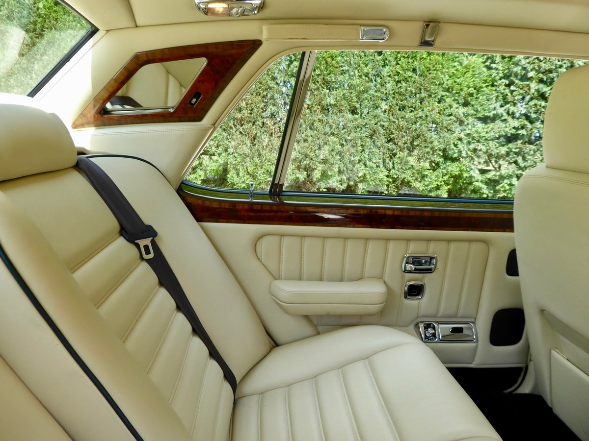 1997 Bentley Turbo RT   ( 28,700 miles ) For Sale (picture 6 of 6)