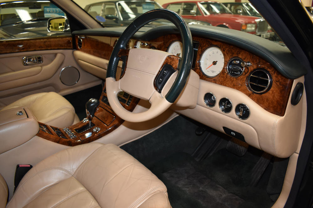 2004 Stunning low mileage motor car For Sale (picture 5 of 6)