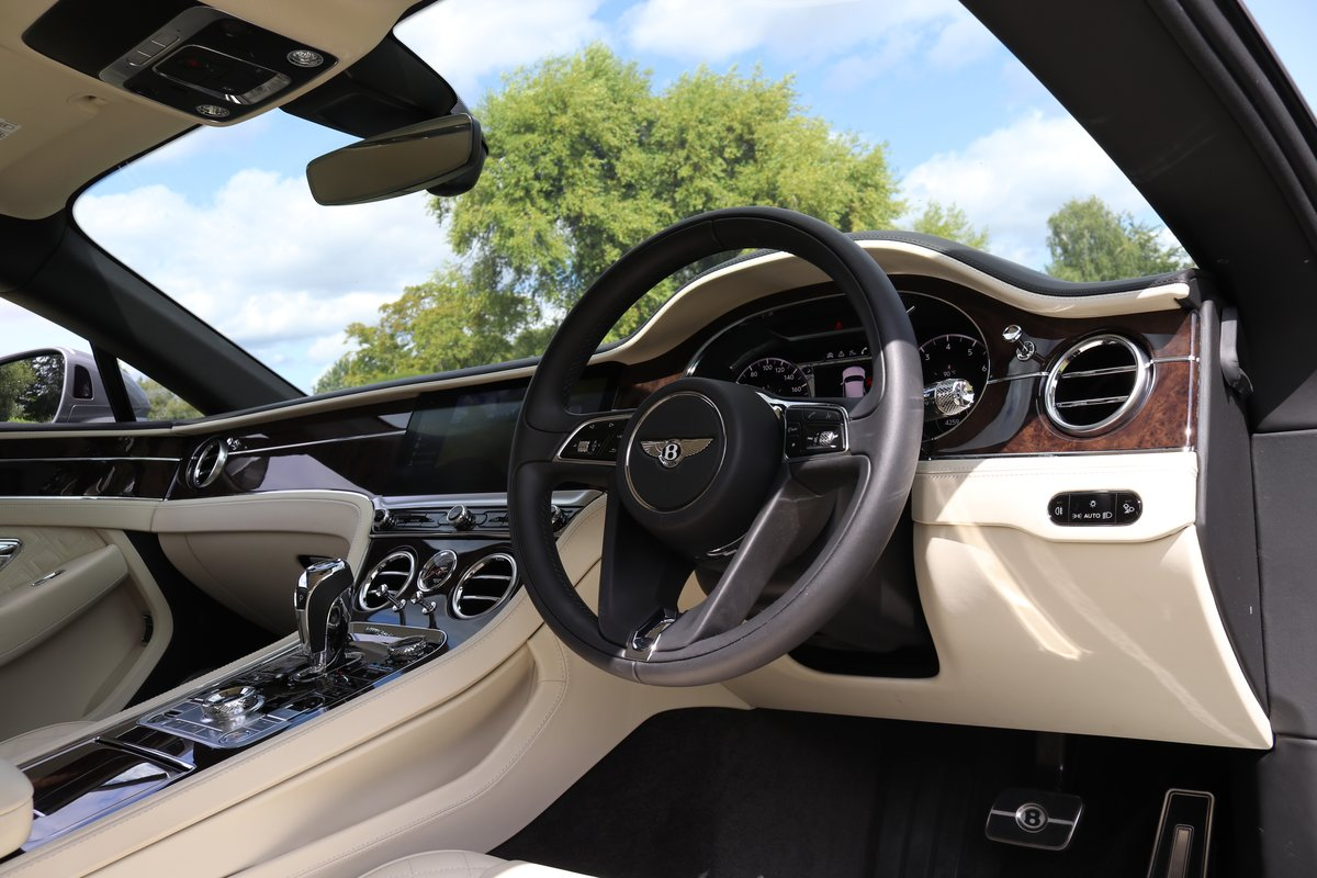 BENTLEY GT MULLINER-2018 ALL NEW SHAPE For Sale (picture 2 of 6)