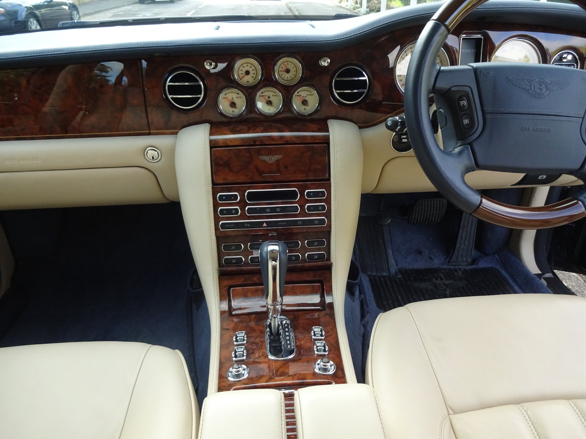 2005 Bentley Arnage R For Sale (picture 4 of 6)