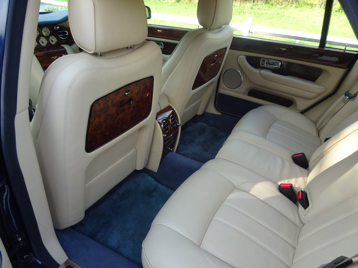 2005 Bentley Arnage R For Sale (picture 5 of 6)