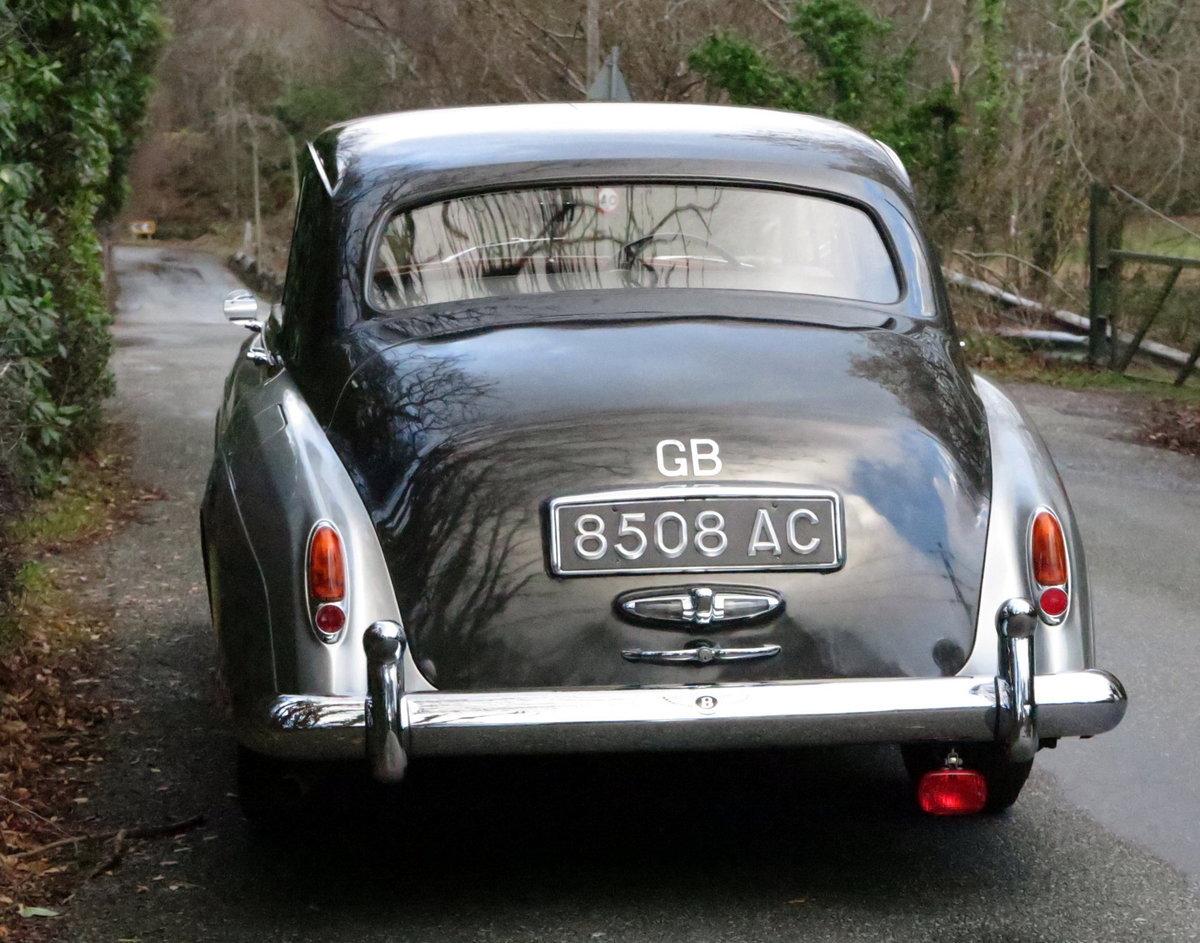 1959 Bentley S1 Four Door Saloon B4GC For Sale (picture 2 of 6)