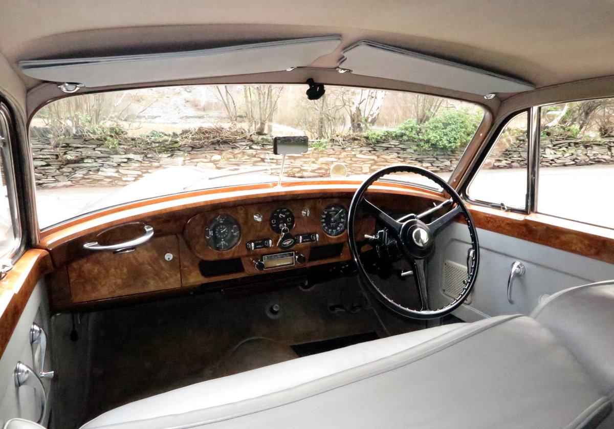 1959 Bentley S1 Four Door Saloon B4GC For Sale (picture 4 of 6)