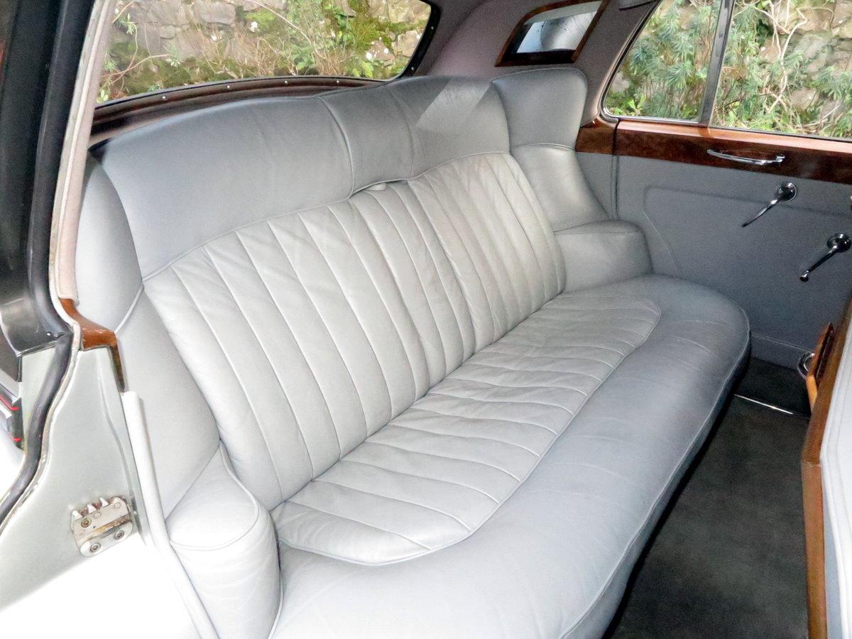 1959 Bentley S1 Four Door Saloon B4GC For Sale (picture 6 of 6)