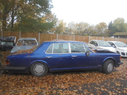 Bentley turbo r 1991 new mot 4 new tyres at £400 each swap? For Sale (picture 1 of 1)