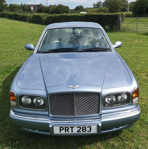 2000 Bentley Arnage Green Label in Fountain Blue