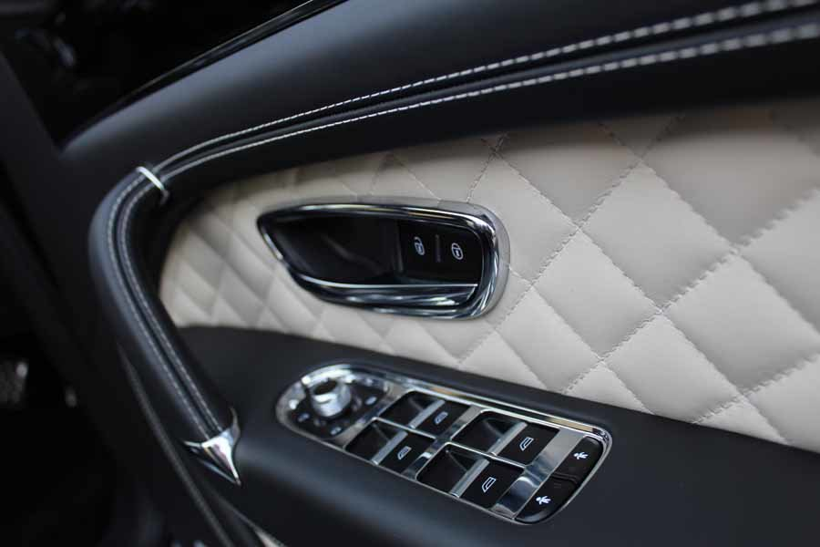 2017 Bentley Bentayga W12 For Sale in London For Sale (picture 24 of 24)