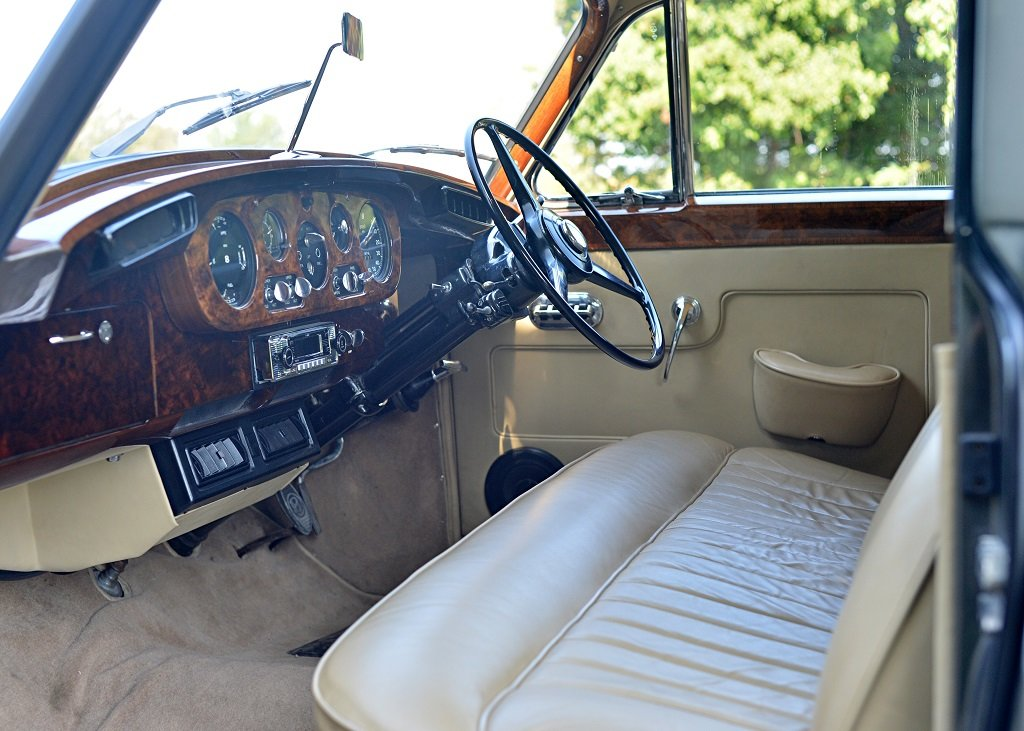 1960 Bentley S2 Saloon SOLD by Auction (picture 3 of 6)