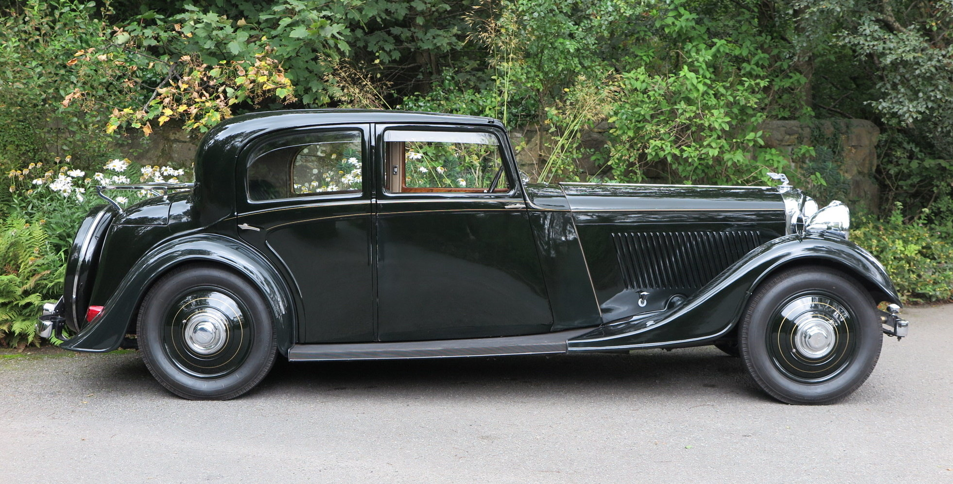 1934 Bentley 3 ½ Litre Thrupp & Maberly Sports Saloon. B9BL For Sale (picture 3 of 6)