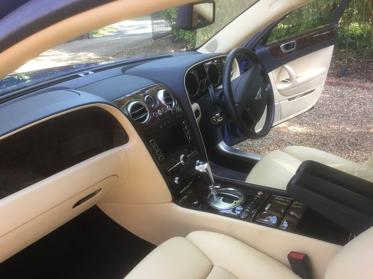 2006 Bentley flying spur demo + 1 owner only 13700 miles fsh For Sale (picture 4 of 6)