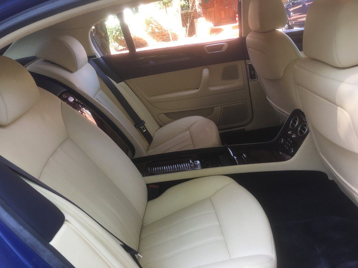 2006 Bentley flying spur demo + 1 owner only 13700 miles fsh For Sale (picture 5 of 6)