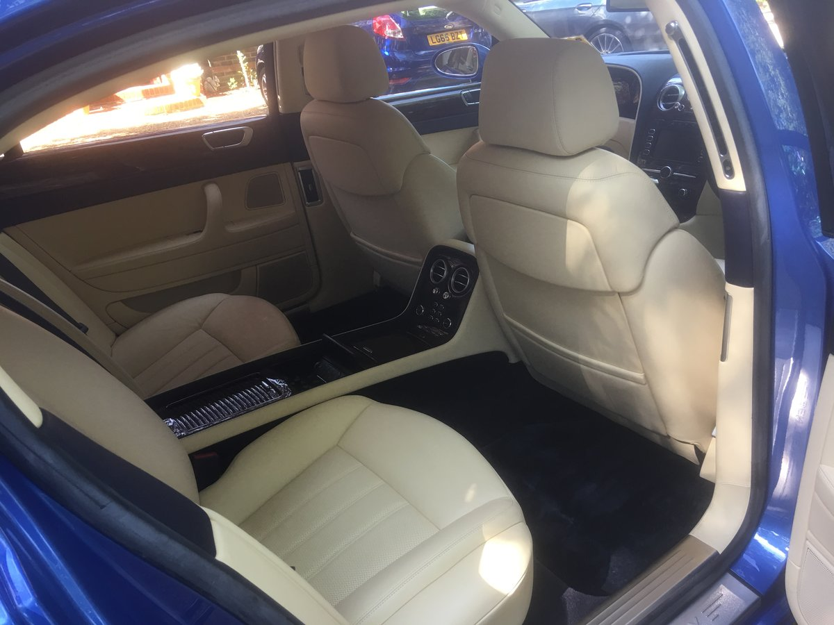 2006 Bentley flying spur demo + 1 owner only 13700 miles fsh For Sale (picture 6 of 6)
