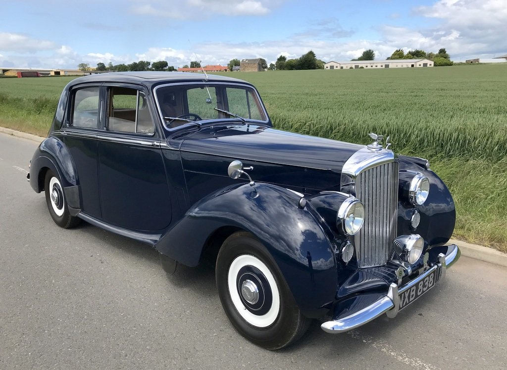 1953 Bentley R-Type. Superb. Low Miles SOLD (picture 1 of 6)