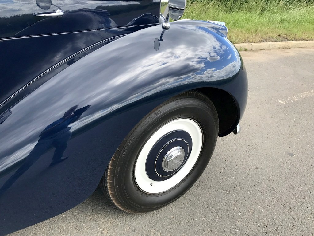 1953 Bentley R-Type. Superb. Low Miles SOLD (picture 5 of 6)