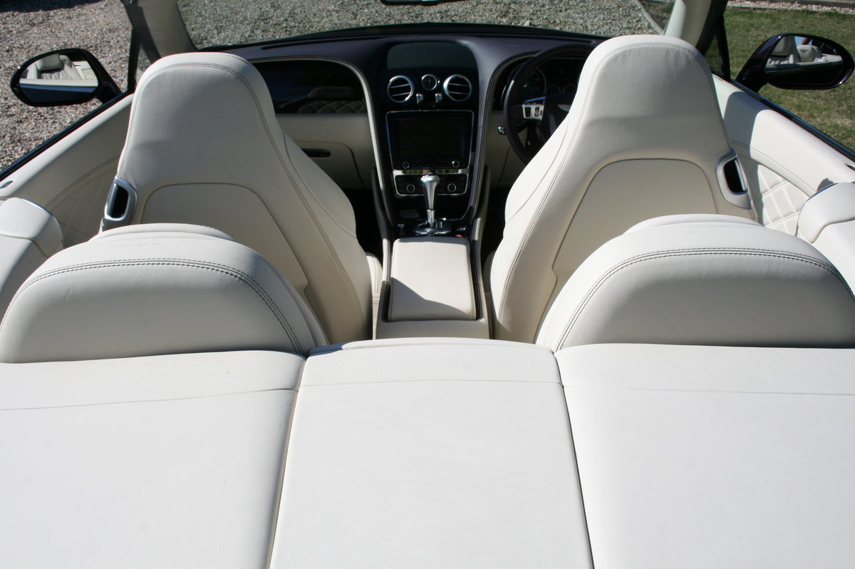 2014 Bentley Continental 4.0 GT V8 S Convertible Mulliner Pack .  For Sale (picture 5 of 6)