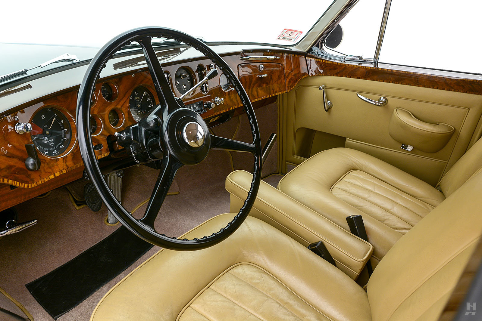1959 Bentley S1 Continental Saloon For Sale (picture 4 of 6)