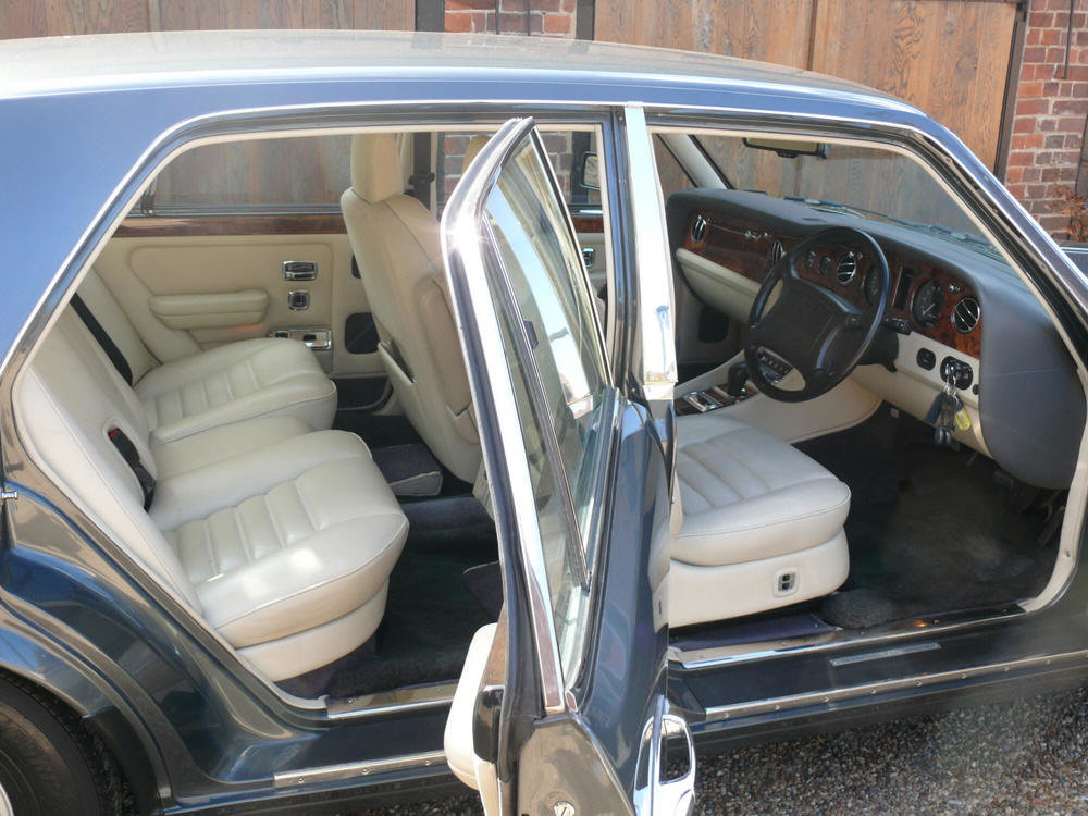 1993 Bentley Turbo R    For Sale (picture 5 of 6)