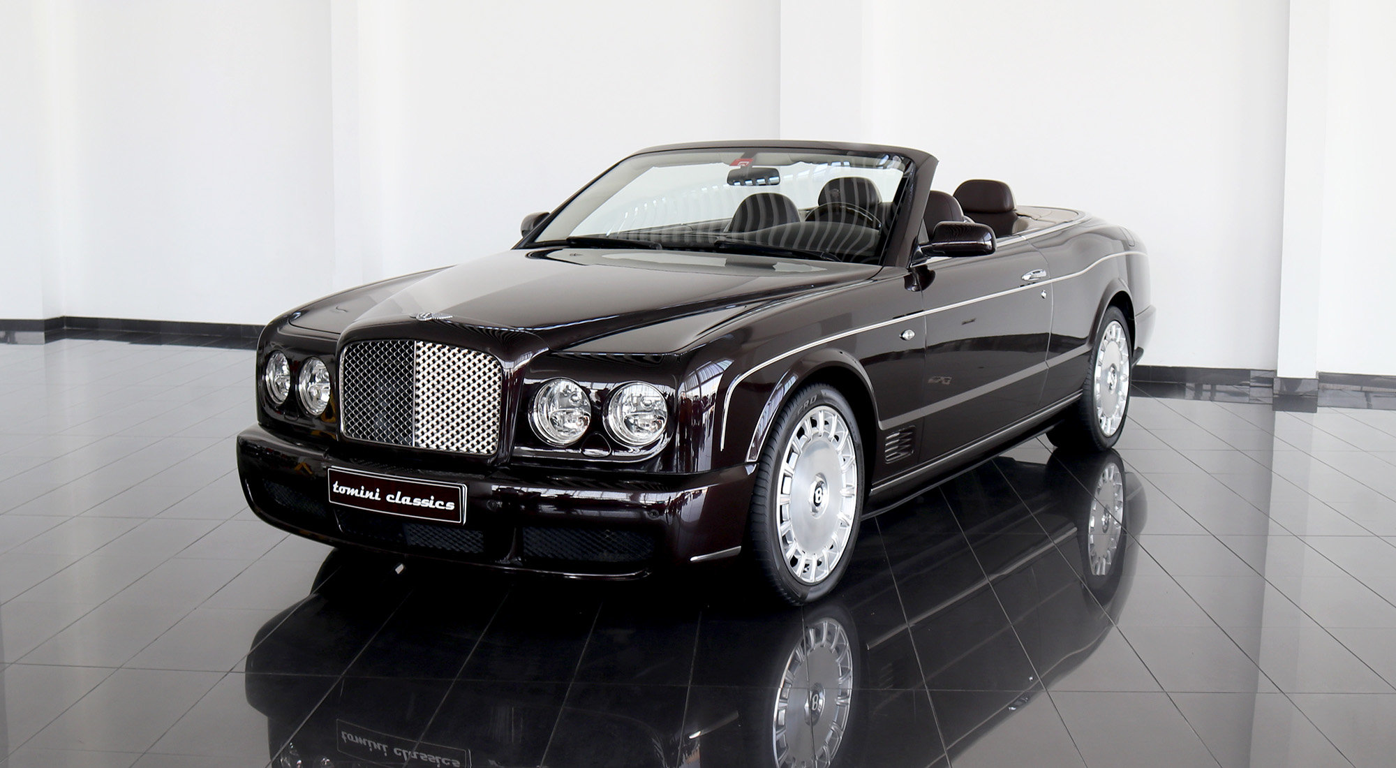 Bentley Azure (2009) For Sale (picture 2 of 6)