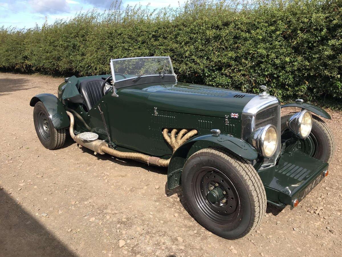 1948 Bentley Mk 6 special with 2 seater Alloy body V8 Automatic For Sale (picture 1 of 6)