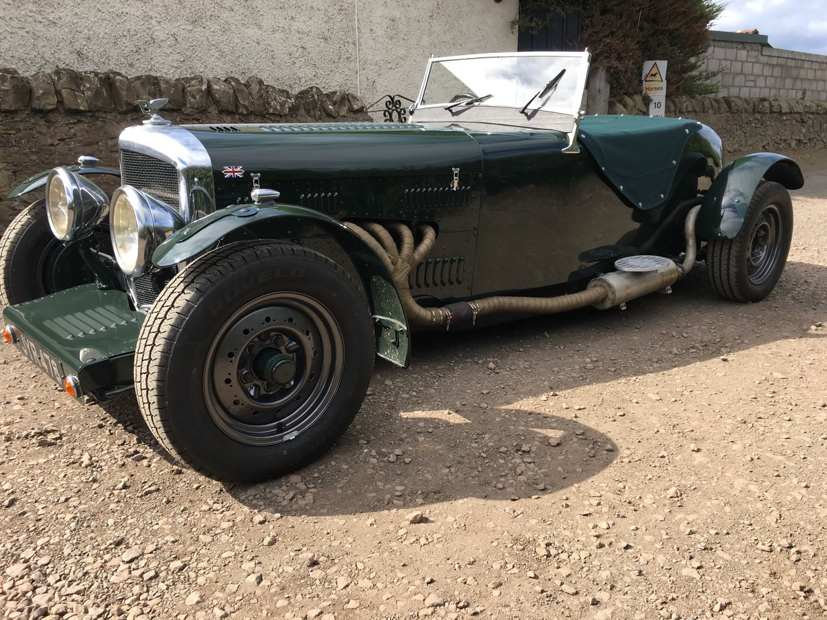 1948 Bentley Mk 6 special with 2 seater Alloy body V8 Automatic For Sale (picture 3 of 6)