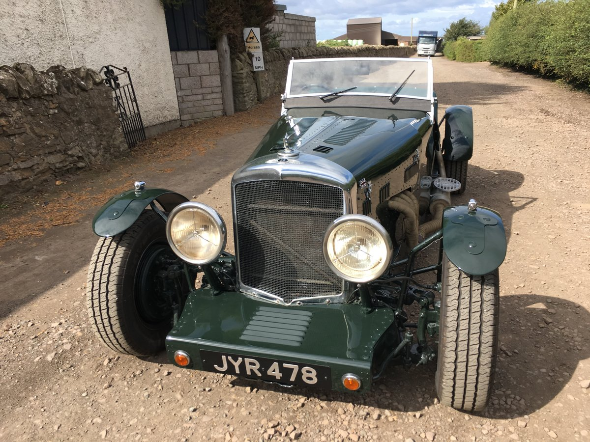 1948 Bentley Mk 6 special with 2 seater Alloy body V8 Automatic For Sale (picture 4 of 6)